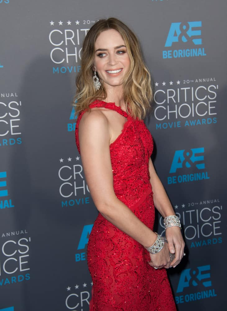 Emily Blunt with her medium blonde wavy hair attended the 20th Annual Critics' Choice Movie Awards 2015