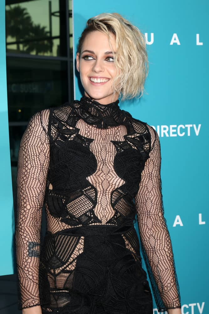 Kristen Stewart with her side swept short blonde bob  at the Equals LA Premiere 2016