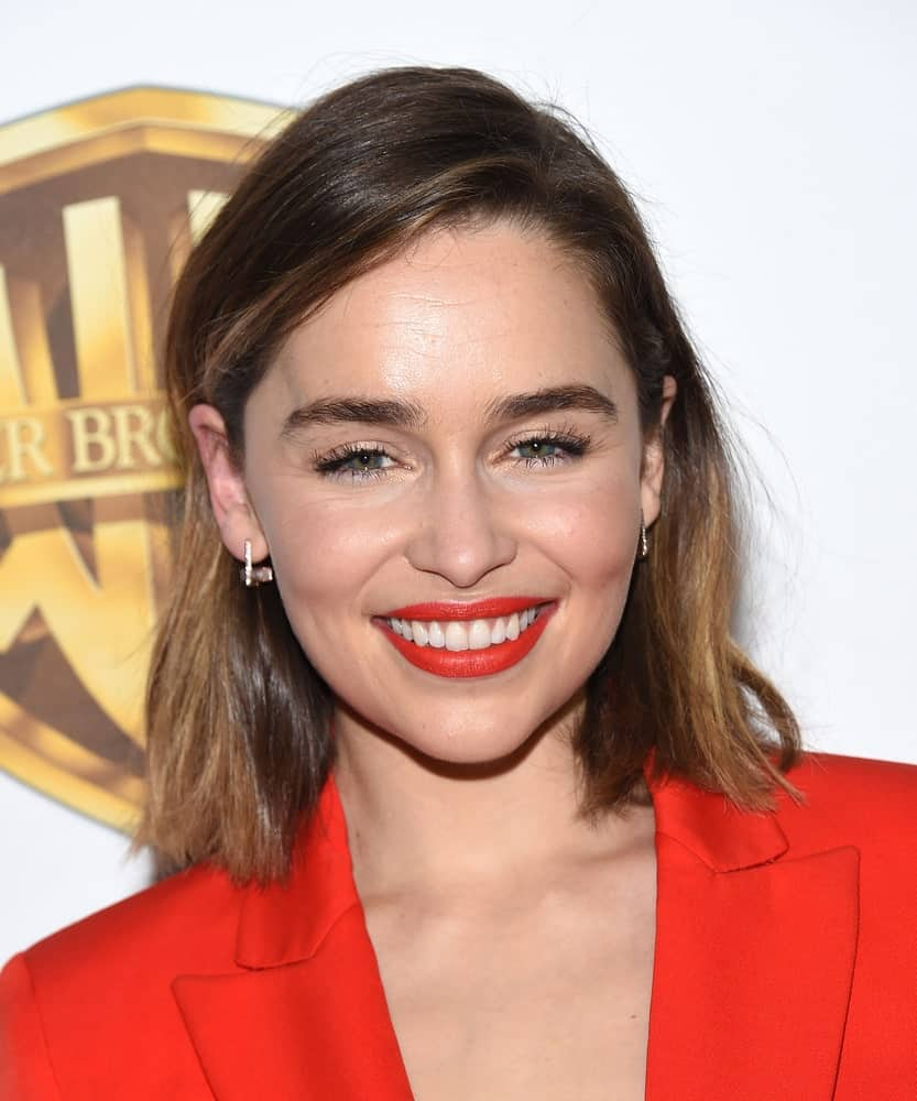 Emilia Clarke with a straight bob hair style arrives to CinemaCon 2016: Warner Bros.