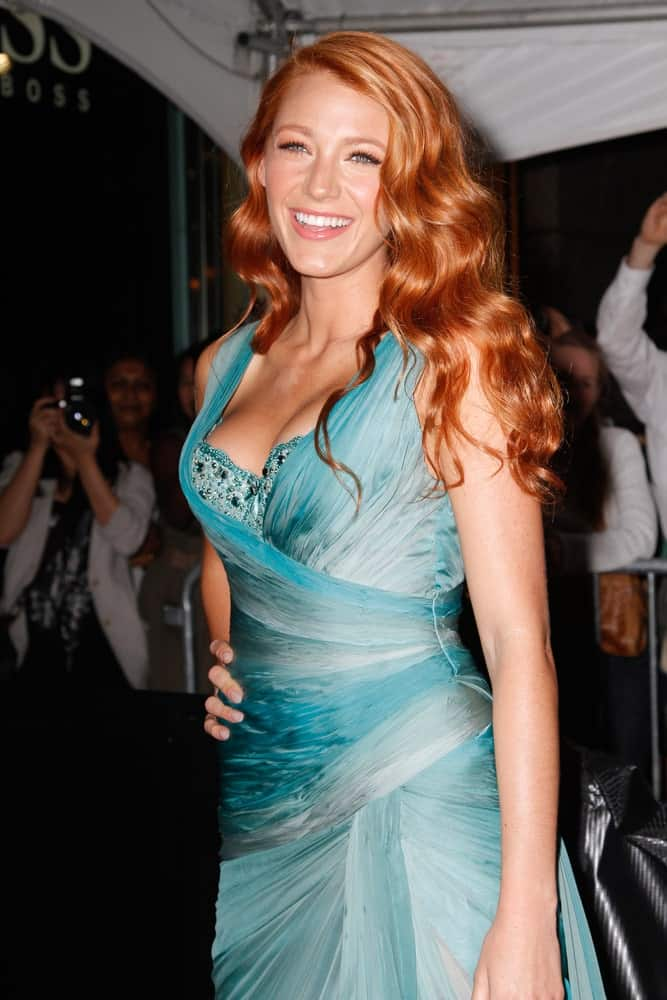 Actress Blake Lively looked like a beautiful mermaid with her sea green dress and red orange dyed wavy side-swept hairstyle at the Time 100 Gala for the 100 Most Influential People in the World last April 26, 2011 in New York City.