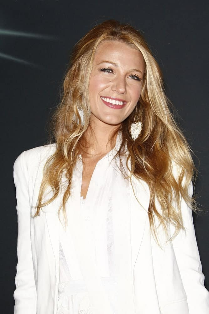 Blake Lively had a sexy tousled and wavy loose hairstyle at the Warner Bros. Pictures presentation to promote the new film, 'Green Lantern' at Caesars Palace during CinemaCon last March 31, 2011.