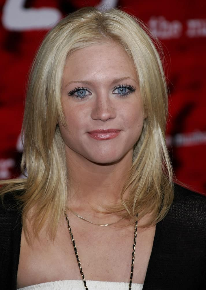 Brittany Snow attended the Los Angeles premiere of 'The Number 23' held at the Orpheum Theater in Los Angeles on February 13, 2007. She wore a casual ensemble outfit with her shoulder-length layered and tousled blonde hairstyle.