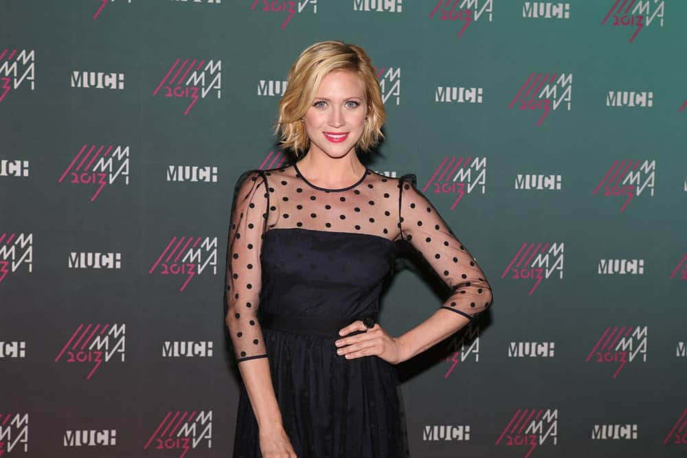 Brittany Snow attended the 2013 MuchMusic Video Awards in Toronto at the MuchMusic Headquarters on June 16, 2013. SHe paired her lovely black dress with a short and tousled sandy-blonde hairstyle with subtle highlights.