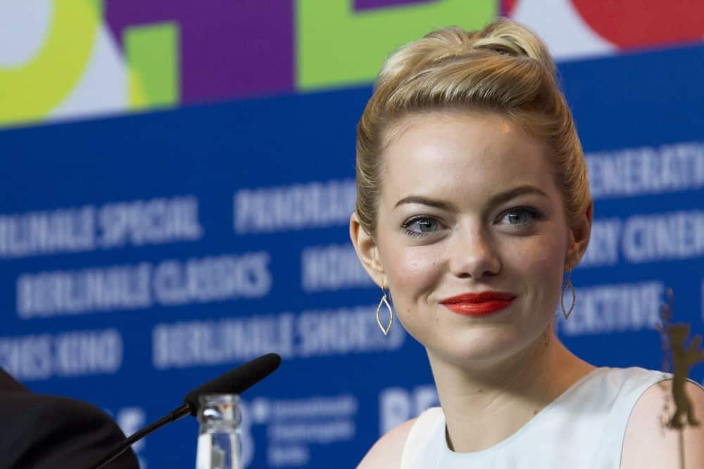 Emma Stone's elegant blond upstyle emphasized her beautiful eyes at 'The Croods' press conference at the 63rd Berlinale International Film Festival on February 15, 2013 in Berlin, Germany.