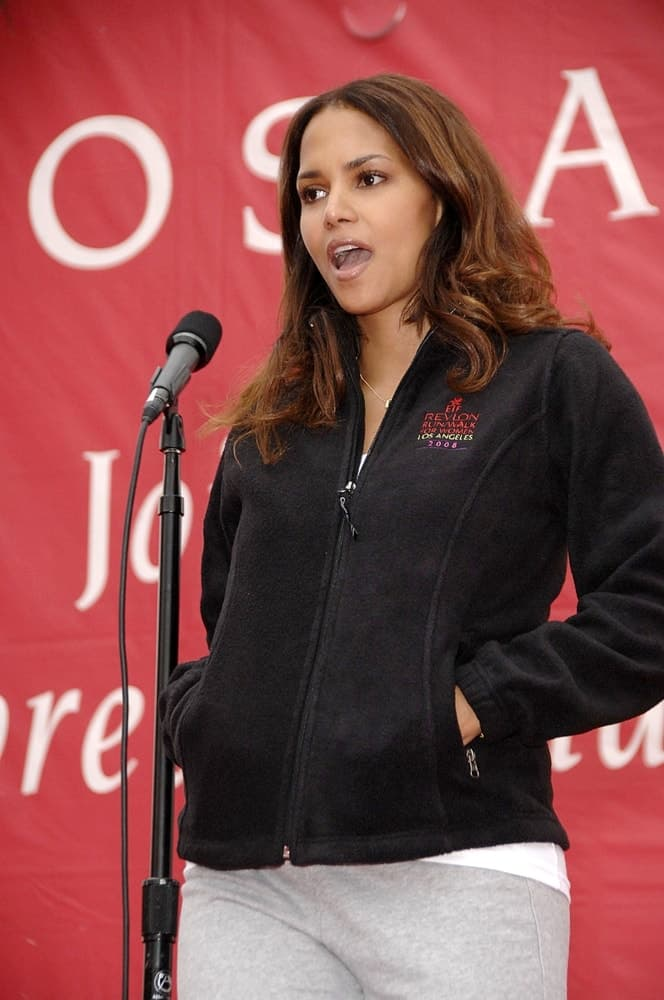 Halle Berry wore her running attire with her loose and long wavy hairstyle for the 17th Annual EIF Revlon Run/Walk for Women held at the Los Angeles Coliseum in Los Angeles, CA on May 10, 2008.