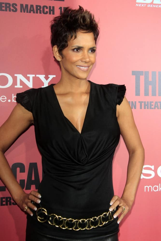 Halle Berry had her pixie hair up ina spiky tousled styles to pair with her black dress when she arrived at