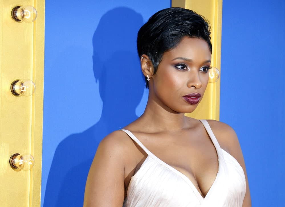 Jennifer Hudson was at the Los Angeles premiere of 'Sing' held at the Microsoft Theater in Los Angeles on December 3, 2016. She was elegant in a pearly white dress that she paired with a side-swept raven pixie hairstyle.