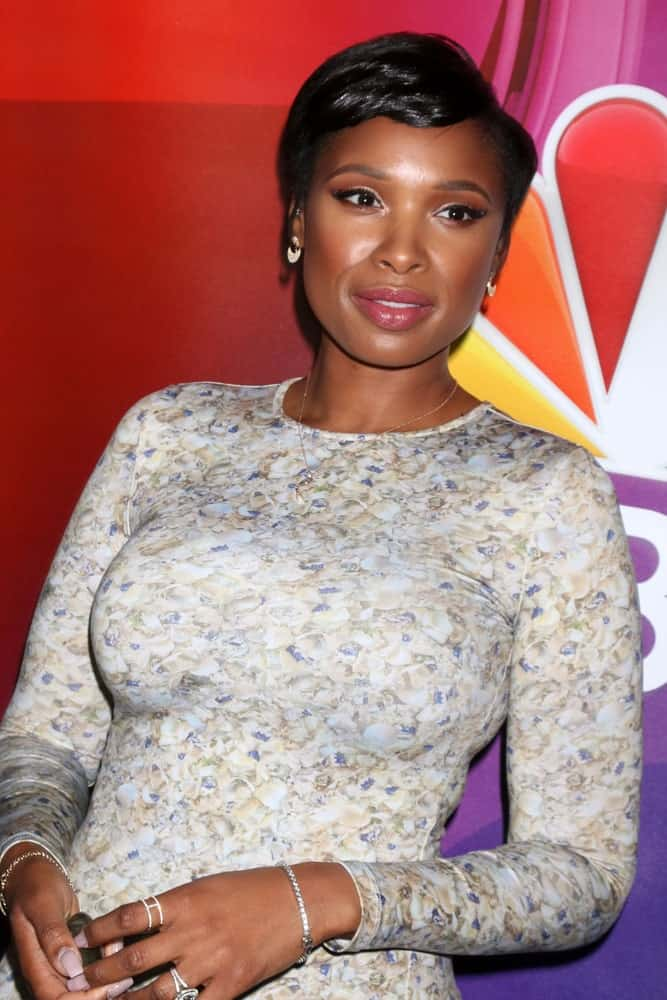 Jennifer Hudson attended the NBC Universal TCA Summer 2016 Press Tour at the Beverly Hilton Hotel on August 2, 2016 in Beverly Hills, CA. She wore a floral dress that she paired with a raven side-swept pixie hairstyle.