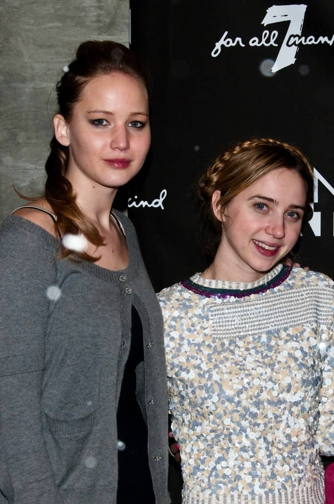 Actresses Jennifer Lawrence and Zoe Kazan attended the GenArt 7 Fresh Faces in Film at the Sky Lodge on January 22, 2010 in Park City, Utah. She wore a dark low ponytail hairstyle that has a slight pompadour look with her winter outfit.