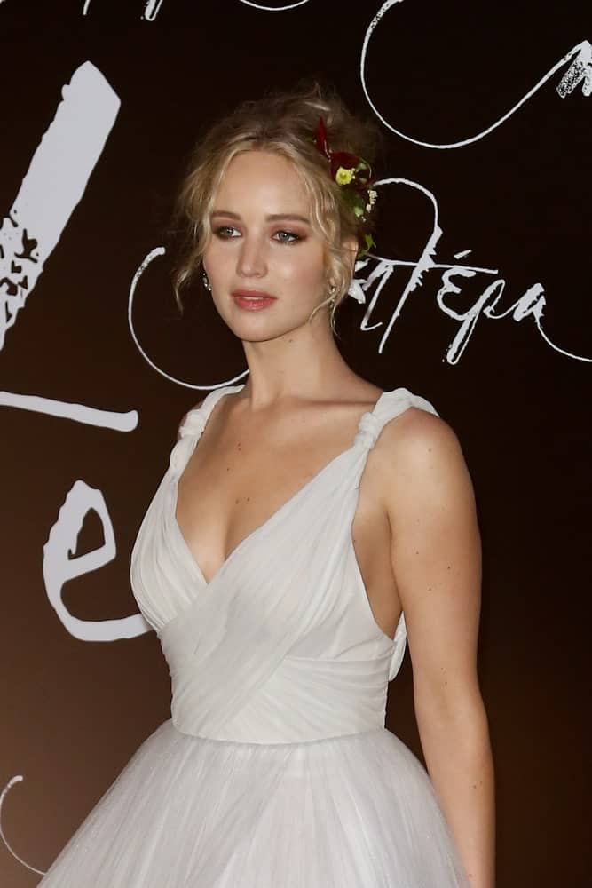 Actress Jennifer Lawrence wowed everyone with her goddess look at the the
