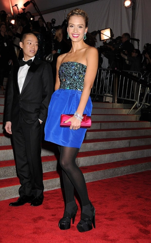 Jessica Alba wore a Jason Wu dress at The Model as Muse Embodying Fashion Costume Institute Benefit Gala held at the Metropolitan Museum of Art in New York on May 4, 2009. She paired this with a neat highlighted upstyle incorporated with braids.