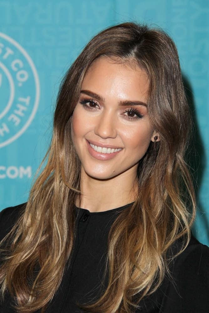 Jessica Alba was at the book signing of her book