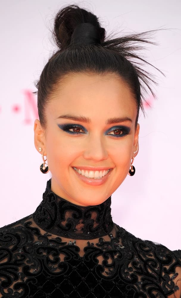 Jessica Alba was quite stunning in her black outfit that matches quite well with her slick and dark top knot bun hairstyle and smokey eyes at the 2016 Billboard Music Awards held at T-Mobile Arena in Las Vegas, USA on May 22, 2016.