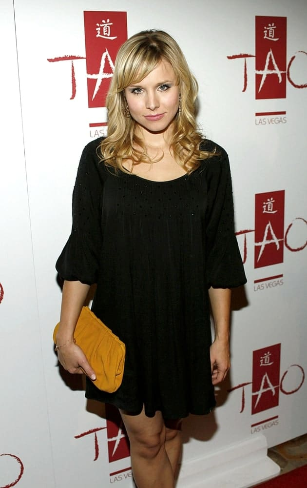 Kristen Bell in a lovely black dress and a curly hairstyle with side-swept bangs during the TAO Las Vegas 2nd Anniversary Party last November 10, 2007, at the Venetian Resort Hotel Casino, Las Vegas, NV.