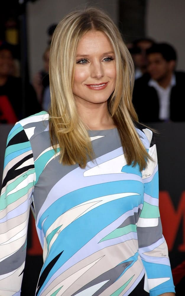 On June 3, 2010, Kristen Bell showcased her highlighted layers with a center part during the Los Angeles premiere of 'The A-Team' held at the Grauman's Chinese Theater in Hollywood, USA.