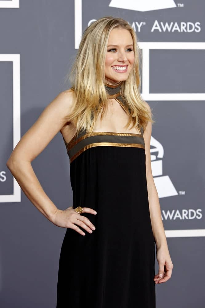 Kristen Bell attended the 52nd Annual GRAMMY Awards held at Staples Center on January 31, 2010, rocking a tousled layered hairstyle that contrasts her sleek black dress.
