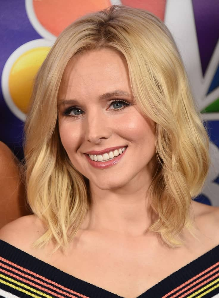 Actress Kristen Bell opted for a long wavy bob cut during the NBC Universal TCA Summer Press Tour 2016 held last August 2nd in Beverly Hills, CA.