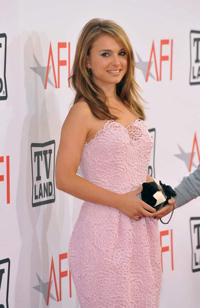 Natalie Portman was at the 2010 AFI Life Achievent Award Gala, honoring director Mike Nichols, at Sony Studios, Culver City, CA on June 10, 2010. She wowed everyone in her floral pink dress and tousled and layered shoulder-length hairstyle with highlights.