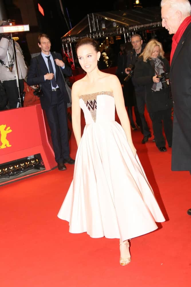 Natalie Portman's beauty glowed at the 'As We Were Dreaming' premiere during the 65th Berlinale Film Festival at Berlinale Palace on February 9, 2015 in Berlin, Germany. She wore a lovely strapless dress to pair with her slick dark hairstyle.