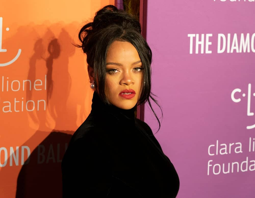 On September 12, 2019, Rihanna attended the 5th Annual Diamond Ball benefiting the Clara Lionel Foundation at Cipriani Wall Street. She came wearing an all-black outfit to pair with her messy top knot bun hairstyle with loose curtain bangs and tendrils.