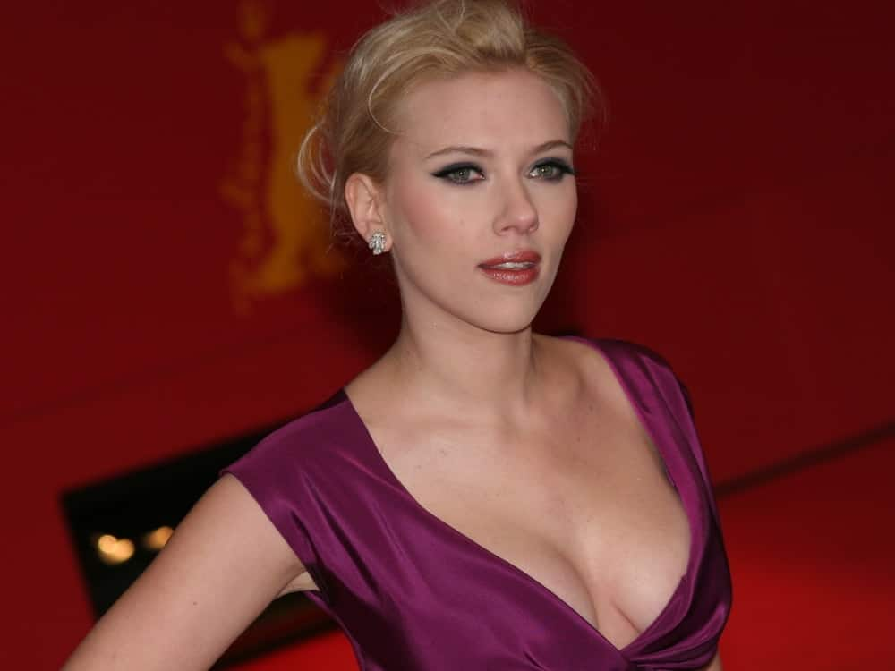 Scarlett Johansson's beautiful blond hair was swept up into an elegant and messy bun hairstyle at The Other Boleyn Girl premiere during day nine of the 58th Berlinale Film Festival at the Berlinale Palast on February 15, 2008 in Berlin, Germany.