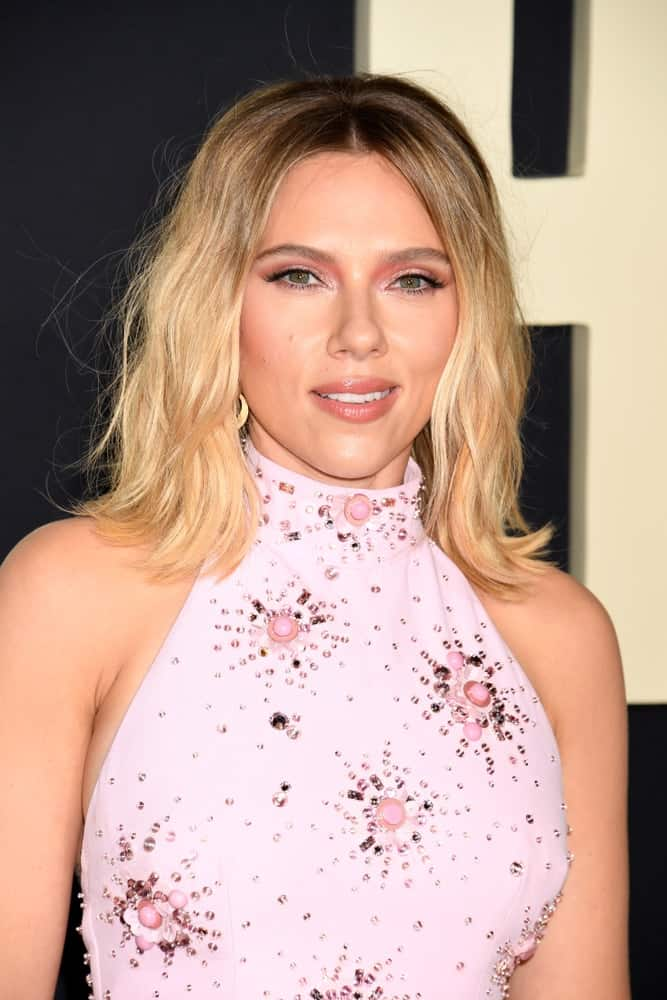 Scarlett Johansson S Hairstyles Over The Years