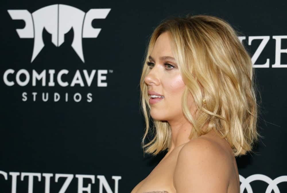 Scarlett Johansson went with a relaxed aura to her loose shoulder-length tousled blond waves at the World premiere of 'Avengers: Endgame' held at the LA Convention Center in Los Angeles on April 22, 2019.