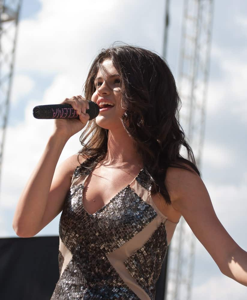 Singer and actress Selena Gomez performed on stage at the Indiana State Fair on August 15, 2010 in Indianapolis, Indiana. The crowd fell in love with her simple sequined dress and medium-length layered waves.