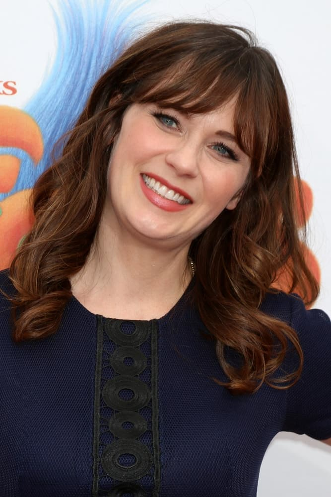 Zooey Deschanel S Hairstyles Over The Years