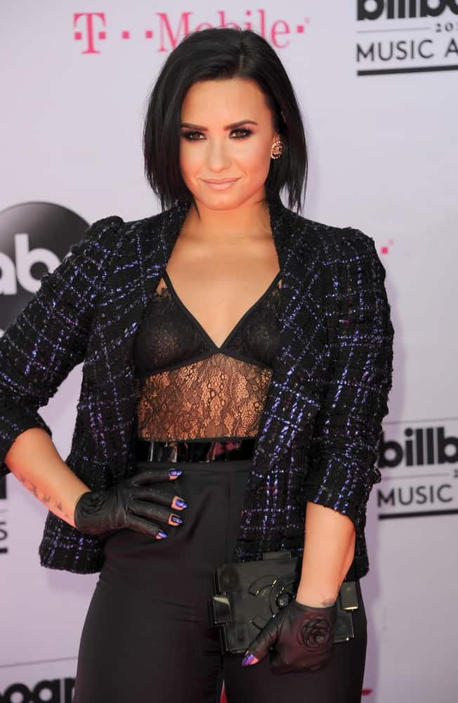 Demi Lovato Added A Bit Of Edge To Her Look As She Wears Rock N Roll Inspired Voluminous Tousled Bob Hairstyle Which Paired Sexy Black Sheer
