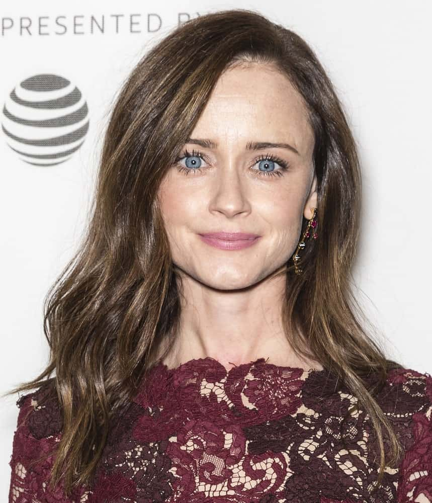 Alexis Bledel S Hairstyles Over The Years