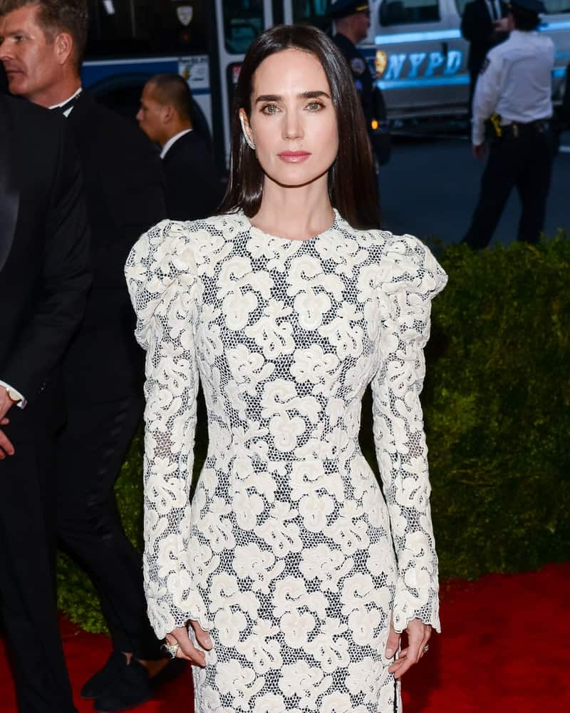 On May 04, 2015, Jennifer Connelly attended the 'China: Through The Looking Glass' Costume Institute Gala, held at the Metropolitan Museum of Art in New York City, New York. She was seen in a lovely embroidered dress that she paired with a long and straight dark hairstyle loose on her back.