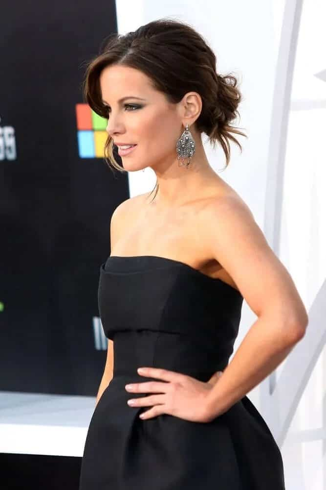 The actress made a stunning statement with her messy low bun during the premiere of Star Trek Into Darkness, April 13, 2013.
