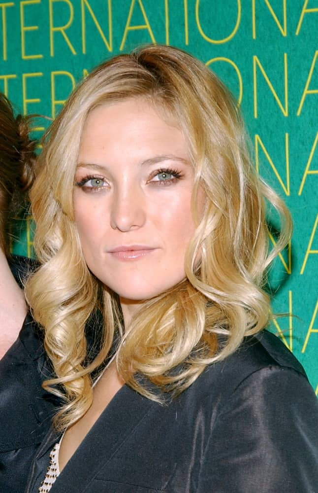 Kate Hudson wore a simple smart casual outfit with her tousled blond curls at The Conceptualist Fashion Group INTERNATIONAL 21ST ANNUAL NIGHT OF STARS at Cipriani's, NY on October 29, 2004.