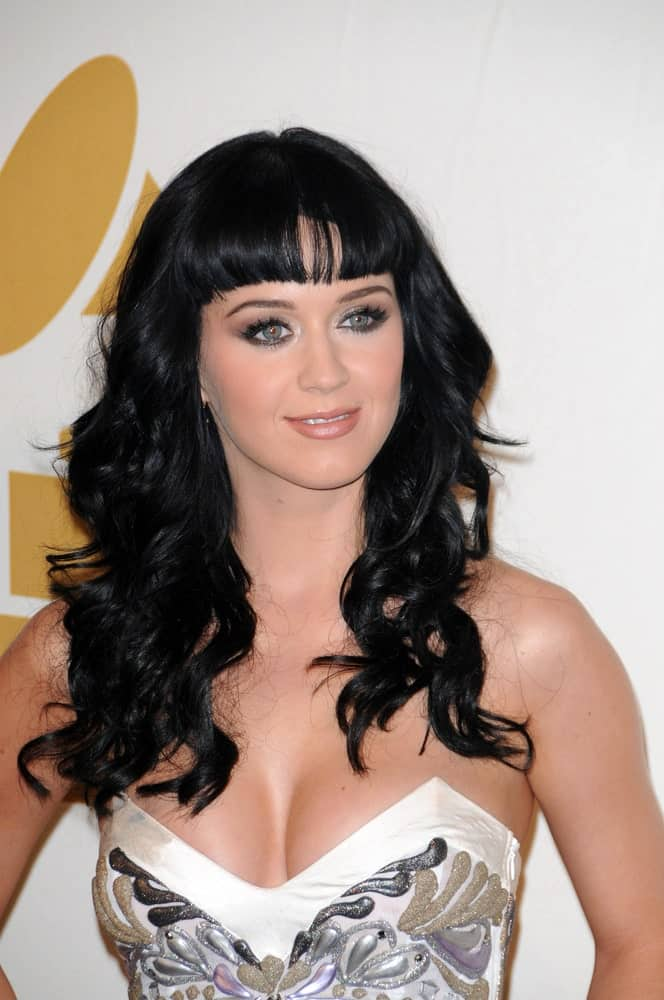 Katy Perry attended The GRAMMY Nominations Concert Live! at Club Nokia, Los Angeles on December 02, 2009 flaunting her long voluminous waves with short full bangs.