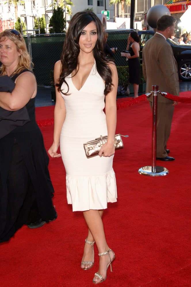 Kim Kardashian showed off a neat wavy hairstyle that complements her classy white dress during the 2006 ESPYS Sports Awards at the Kodak Theatre, Hollywood on July 12, 2006.