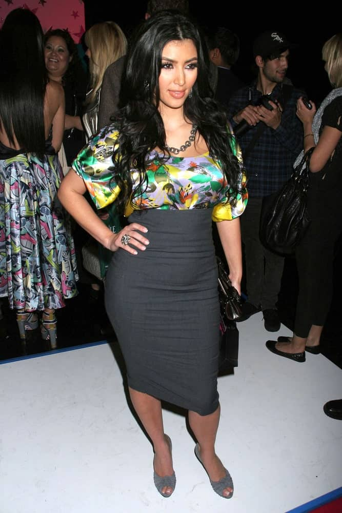 Kim Kardashian was seen on day two of the 2007 Mercedes Benz Fashion Week last October 15, 2007, in a printed top and long skirt complemented with her raven voluminous waves.