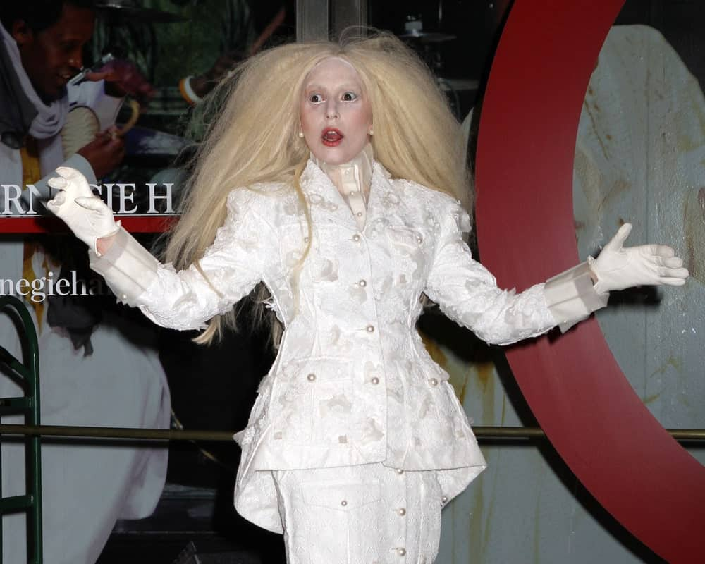 Lady Gaga attended the Glamour Woman of the Year Awards at the Carnegie Hall on November 11, 2013 in New York. She was almost unrecognizable in her white outfit, white geisha makeup and thick, tousled long blond hair.