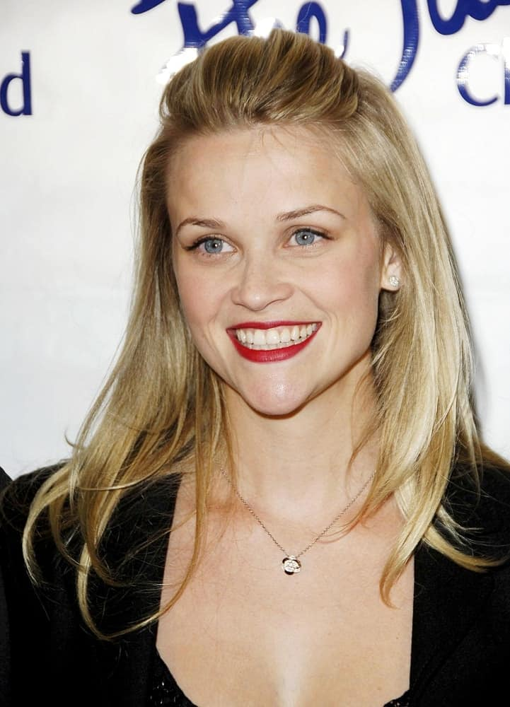 Reese Witherspoon was at the Children's Defense Fund 16th Annual Beat The Odds Awards held at the Beverly Hills Hotel in Los Angeles, CA on October 12, 2006. She came in a simple black outfit and half-up hairstyle with highlights and layers.
