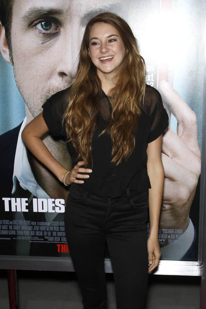 Shailene Woodley wore an all-black smart casual outfit at the