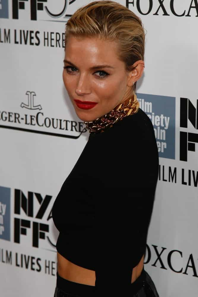 Sienna Miller opted for a short pixie with highlights during the