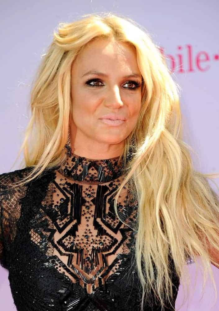 Britney Spears wears her iconic loose waves hairstyle during the 2016 Billboard Music Awards held on May 22, 2016.