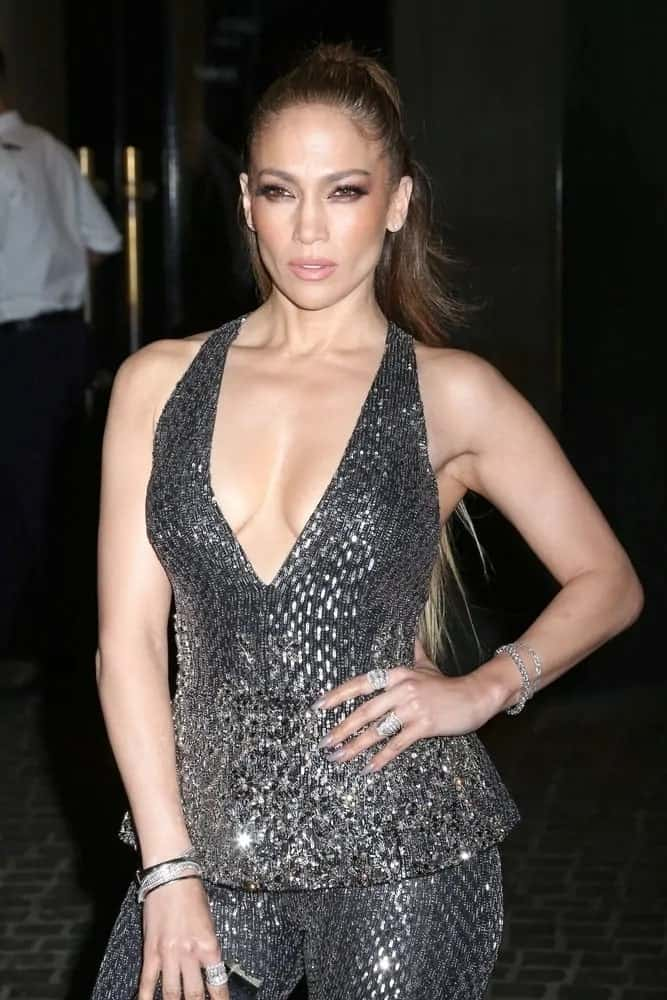 Jennifer Lopez looks fierce in this pulled back high ponytail as she spotted in New York City on May 15, 2017.