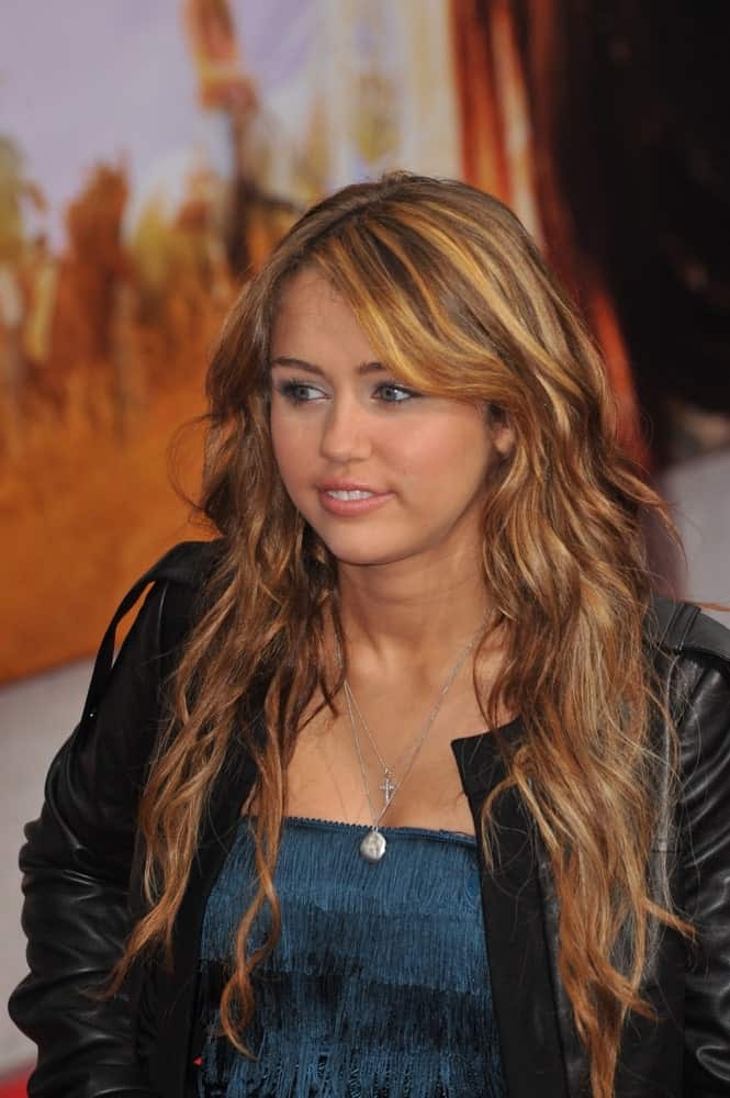 On April 2, 2009, Miley Cyrus attended the world premiere of her new movie