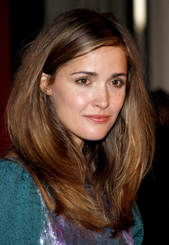 Rose Byrne was at the Los Angeles premiere of 'The September Issue' held at the LACMA in Los Angeles on September 8, 2009. She wore a colorful dress to go with her loose and tousled brunette hairstyle that has layers and side-swept bangs.
