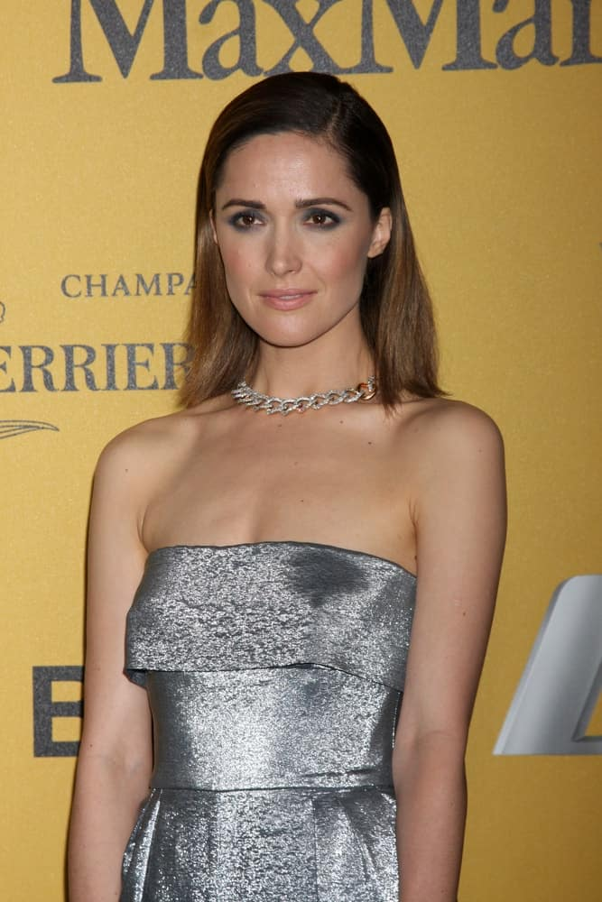 Rose Byrne was at the Women In Film 2014 Crystal + Lucy Awards at Century Plaza Hotel on June 11, 2014 in Beverly Hills, CA. She wore a lovely silver outfit with her slick and straight shoulder-length brunette hairstyle.