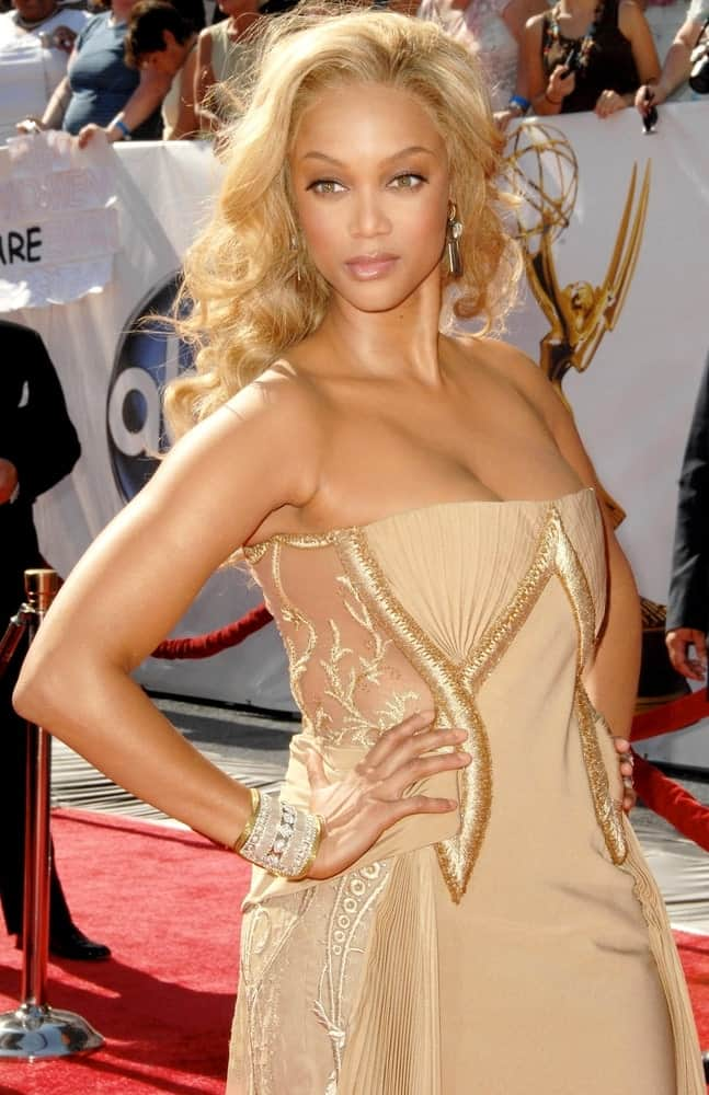 Tyra Banks' usually dark hair was dyed into a brilliant blond tone and styled into a wavy masterpiece to pair with her Georges Chakra gown at the 35th Annual Daytime Emmy Awards, Kodak Theatre on June 20, 2008.