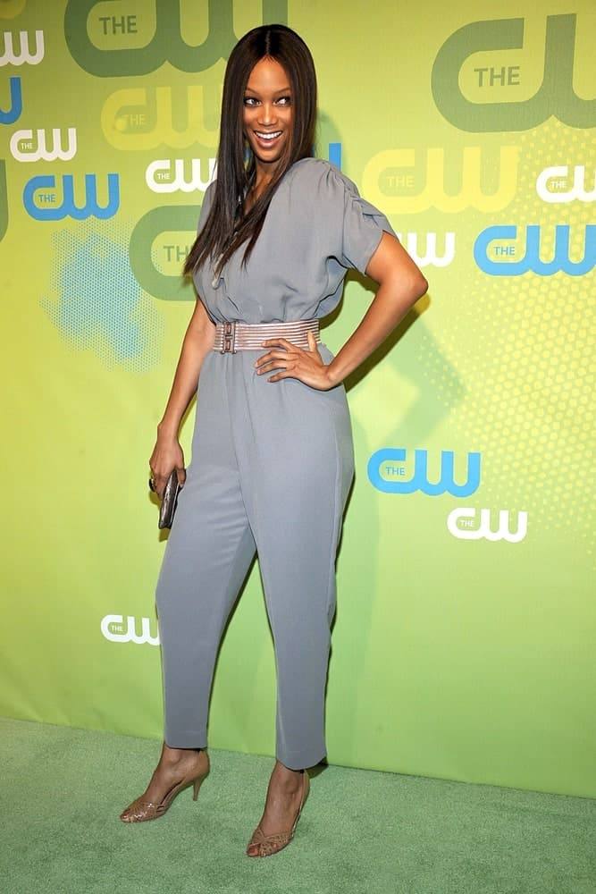 Tyra Banks wore a Marley jumpsuit at The CW Network Upfronts held at the Madison Square Garden in New York on May 21, 2009. She paired this with a perky aura and long, straight raven hairstyle that curtains her face.