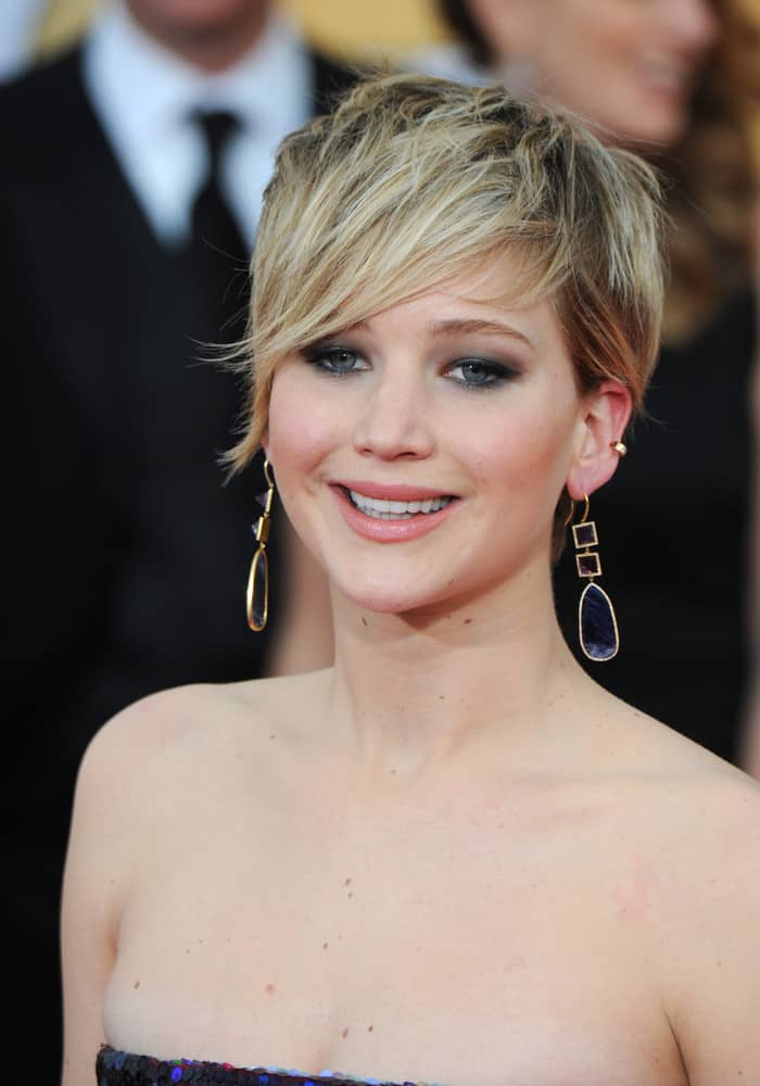 Jennifer Lawrence with short, side-swept hairstyle.
