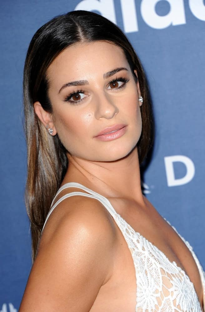 Lea Michele wowed in a pin-straight hairstyle with center part at the 27th Annual GLAAD Media Awards on April 2, 2016.